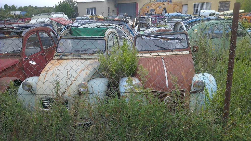 the world 39 s newest photos of 2cv and scrapyard flickr hive mind. Black Bedroom Furniture Sets. Home Design Ideas