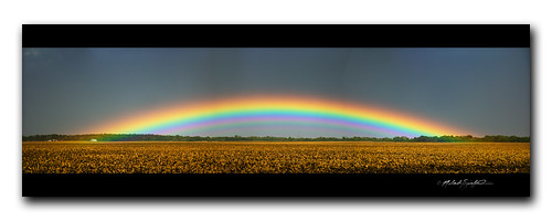 Incredible low-arch rainbow with supernumeraries (panorama)