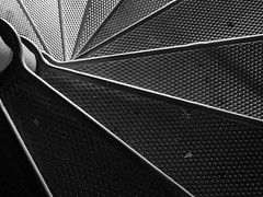Nautilus (bOw_phOto) Tags: blackandwhite oregon stairs spiral vertigo olympus omd 1250 astoriacolumn em5 mzuiko