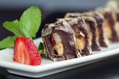 Domino (Contr-se Photography) Tags: dessert strawberry sweet chocolate mint banana domino yammi chokolate