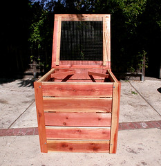 "1-Bin Redwood Compost Bin - open • <a style=""font-size:0.8em;"" href=""https://www.flickr.com/photos/87478652@N08/8048275748/"" target=""_blank"">View on Flickr</a>"