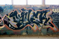 Dzyer (Hunter Photography !) Tags: graffiti oakland dzyer