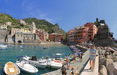 Samantha brings her parasol on a hot summer day in Vernazza (Bn) Tags: santa travel blue sea summer cactus italy sun holiday castle art heritage beach church water colors fruit swimming painting geotagged boats harbor fishing sand topf50 colorful mediterranean kayak village hiking walk liguria tourist lovers unesco trail vineyards kayaking olives cinqueterre charming opuntia vernazza viewpoint picturesque sunbathing margherita sunbather italianriviera ruined nocars pamtree rockycoastline viadellamore 50faves 32c dantiochia geo:lon=9681938 geo:lat=44135668