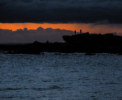 (bart.kwasnicki) Tags: sunrise ocean cliff landscape people photographers sydney australia