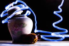 (Giorgini Luca) Tags: light painting pittura luce blu vaso jar black white bianco nero anfora
