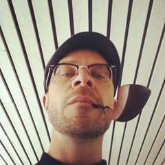 231/366. (Ronnie Gavelin) Tags: selfportrait lines pipe iphone selfie pipesmoker