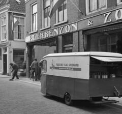 Friesche hond Leeuwarden 1963 (Tuuur) Tags: hond 1963 leeuwarden friesche tuuur