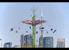Towering heights (_K5A2835) ([Rossco]:[www.rgstrachan.com]) Tags: city vacation sculpture food holiday ontario canada tower animals fun zoo high sand cntower ride chairs farm fair cne buskers rides performers funfair stalls canadiannationalexhibition torontio