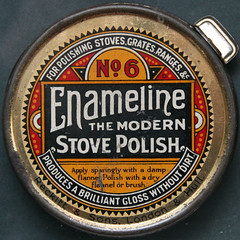 Enameline THE MODERN STOVE POLISH (Leo Reynolds) Tags: canon tin eos f45 container 7d squaredcircle iso1600 70mm hpexif 0017sec xleol30x sqset084