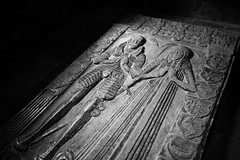 Resting In Peace (Rutger Blom) Tags: old blackandwhite bw sculpture woman man lund church grave cathedral gravestone 24mm domkyrka canoneos5dmarkii ef24mmf14liiusm