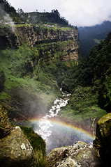 Over the Rainbow (Juan Diego Rivas) Tags: mountains arcoiris river landscape photography hotel waterfall hostel rainbow colombia pentax ghost suicide sunny paisaje haunted epic suicidal montaas k5 cascada cundinamarca tequendama naturallandscapes pentaxk5 juandiegorivas elsaltodetequendama suicidalstone