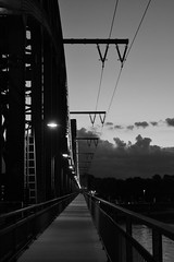 Bridge b/w (moe_colo) Tags: bridge skyline night cologne kln rheim