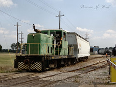 UTLX 25644 @ Ville Platte, LA (Donovan J. Reed) Tags: train louisiana locomotive ge switcher utlx