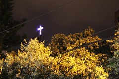 Cruz de Luz (Clanaty) Tags: light luz night noche colombia cross cruz santander bucaramanga