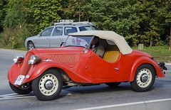 Škoda Popular (1936) (The Adventurous Eye) Tags: classic car race 1936 climb do hill brno popular rallye škoda závod soběšice vrchu brnosoběšice