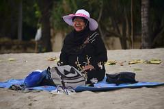 Bali (Sergi Hill) Tags: trip travel sunset sea people bali beach indonesia mar sand nikon asia southeastasia gente wave playa olas viajar sudesteasiatico nikond7000