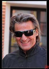 Yvan Le Bolloc'h juste avant le caf. (mamnic47 - Over 6 millions views.Thks!) Tags: portrait sourire suresnes ftedesvendanges img1619 yvanlebolloch baladesparisiennes festivaldesvendanges2012 fetedesvendanges2012
