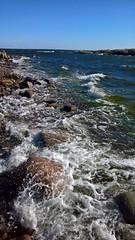 A windy day (Antti Tassberg) Tags: wave sea wind skrubb shore lumia 950 xl