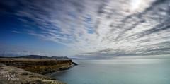 Lyme Cobb (ocadoo) Tags: landsend cornwall saintives lymeregis sea beach icecream