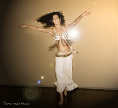 Danse envoutante ... ( P-A) Tags: danse baladi folklorique tradition forme souplesse endurance rythme belle physique condition magie spectacles performances crmonie artistes professeurs photos simpa
