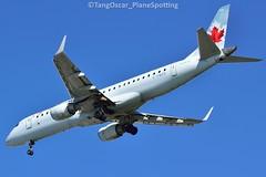 DSC_0666_667 (thokaty) Tags: aircanada cfmzd kbos bostonloganairport staralliance eis2007 embraer e190 erj190 e190ar erj190ar regionaljet