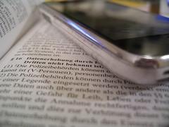 16 Datenerhebung? (JillchenB) Tags: germany handy deutschland capture nahaufnahme datenschutz daten gesetz brokeh gesetzestext