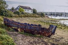 Rusting Boat - St Helens Duver - Isle of Wight - CS233 (Rob Jennings2) Tags: rust isleofwight rusting sthelens iow rustingboat sthelensduver cs233