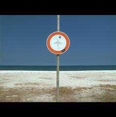 MIDDLE TERM (Elena Fedeli) Tags: summer italy beach italia spiaggia marche senigallia lido praja marzocca estate2012