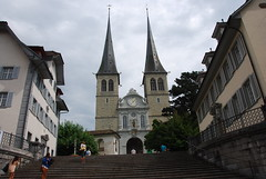 Lucerne - Hofkirche & Steps West Front St Leodegarstrasse 2 (Le Monde1) Tags: church st switzerland town nikon south steps luzern aisle font mauritius altstadt lucerne renaissance canton vierwaldstttersee swissalps lakelucerne hofkirche d60 riverreuss leodegar lemonde1 leodegarstrasse niklausgeisler