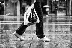 Life through blurry eyes. (Linh H. Nguyen) Tags: street city white newyork black texture rain bokeh sony raindrops cinematic 12corners nex7