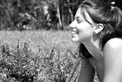 (Guilherme Dearo) Tags: brazil portrait blackandwhite woman sun sol girl beauty smile brasil friend retrato mulher amiga bikini brazilian garota beleza sorriso pretoebranco brasileira biquini