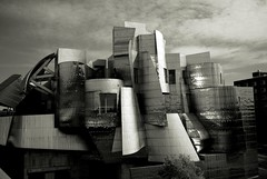 L1104472 (erlin1) Tags: blackandwhite building museum october contemporary minneapolis visible v1 2012 weisman leicam8 october2012 afrankgehry