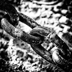 Shackles (viralstile) Tags: pakistan blackandwhite bw blackwhite asia middleeast chain shackles flickrcentral punjab lahore flickrtoday metallicobject metalchain canoneos7d canonef70300mmf456lisusm niksoftwaresilverefexpro2 viralstile 06102012