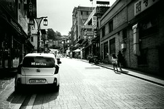 China Town (Shoji Kawabata. a.k.a. strange_ojisan) Tags: lca lomography eary gray 100 35mm film filmphoto filmphotography analog analgophoto analogphotography lomo lomogrpahy street streetphoto streetphotography korea seoul asia east eastasia city cityscape cityscapes black white blackandwhite bnw mono monochrome