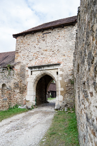 Pernstejn - secondary castle gate