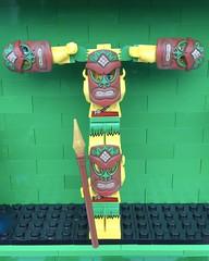T (Laurene J.) Tags: lego bricksbythebay bbtb2016 minifigurealphabet minifigure minifigs legoalphabet alphabet pilobolusalphabet pilobolus lettering bbtb 2016 bricksofcharacter t tiki tribalwarrior hawaii hula
