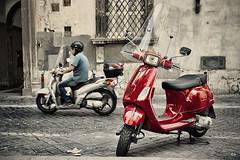 Vespas (hapePHOTOGRAPHIX) Tags: europa europe fujix100 italia italien italy latium rom roma rome hapephotographix vespa scooter roller 380rom 380ita dsplyys