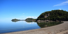 Parc du Bic 37 (gsamie) Tags: sea summer canada color beach nature canon landscape quebec wideangle saintlaurent rimouski t3i saintlawrenceriver 600d parcdubic gsamie guillaumesamie