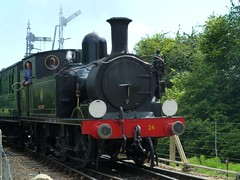 'Calbourne' approaching Havenstreet (Richard and Gill) Tags: station train adams o2 02 vectis isleofwight locomotive sr steamengine steamrailway wight preservation w24 iow southernrailway tankengine havenstreet calbourne isleofwightsteamrailway iwsr