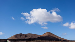Vulcano and clouds (Victor van Dijk (Thanks for 3.5M views!)) Tags: favorite cloud canon landscape spain cloudy wolken lanzarote fave espana bewolkt vulcano spanje vulkaan wolk faved victormk1 wwwvictorvandijkcom