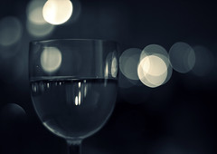 Szombat este / Saturday night (33/50) (gyerage) Tags: dof wine bokeh saturday 50 5050 bor canon50mm18 project50  bokehstandard