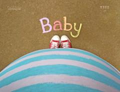 B a b y   Bump (.OhSoBoHo) Tags: baby selfportrait me pregnancy converse chucks bump chucktaylors selfie babybump fromwhereistand nikoncoolpixs6000