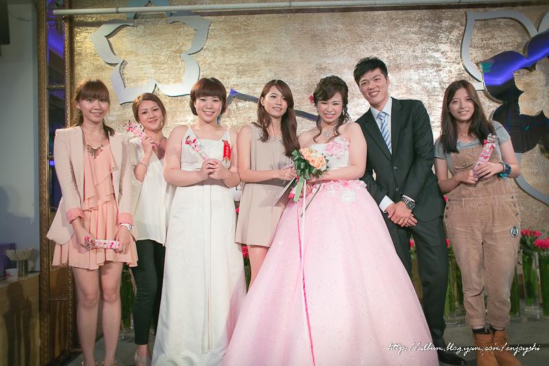 炳霖 依萍 結婚-0245.jpg