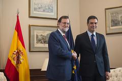 Mariano Rajoy se reune con Pedro Snchez en el Congreso (Partido Popular) Tags: rajoy marianorajoy pp partidopopular congresodelosdiputados