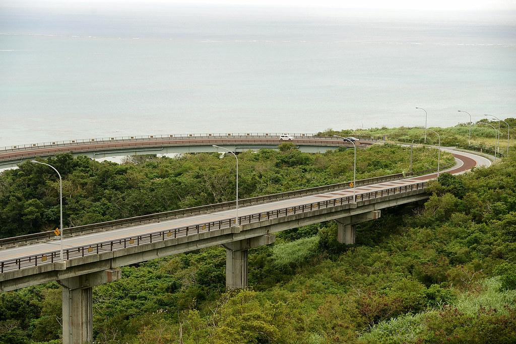 沖繩 ニライ・カナイ橋 (遙東橋)