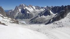 14_Mont-Blanc Panoramic to Helbronnee (Nick Ham100) Tags: chamonix aiguilledumidi utmb