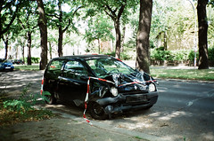 (Marco Antonecchia) Tags: contax contaxt2 accident film analog filmisnotdead filmphotography fujifilm 35mm crash car twingo renault compactfilmcamera photooftheday streetphotography macchina incidente