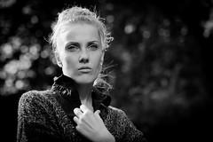 Die Uschi (xfoTOkex) Tags: portrait women monochrome black white bw contrast nikon d800 bokeh outdoor blond