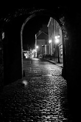 Boulogne (jean-lucnehlig) Tags: nb bw nikon night nuit remparts boulogne