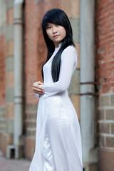 2SAo-110 (panerai87) Tags: white student vietnam ni aodai